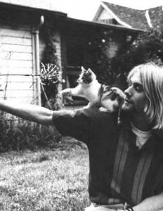 JOACA. Kurt Cobain ar fi fost un bun dresor de pisici