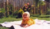 Instrucţiuni pentru căţei de îmbrăţişare a unui bebeluş :) | GALERIE FOTO