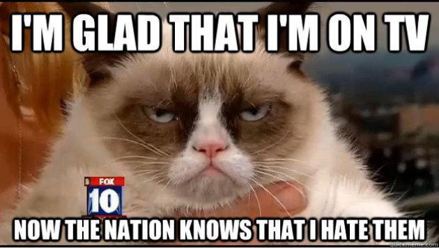 Dovada ca Grumpy Cat este o adevarata celebritate! Oamenii o iau razna in preajma ei! VIDEO
