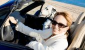Cum să ai o călătorie sigură cu câinele tău în mașină! Sfaturi prețioase