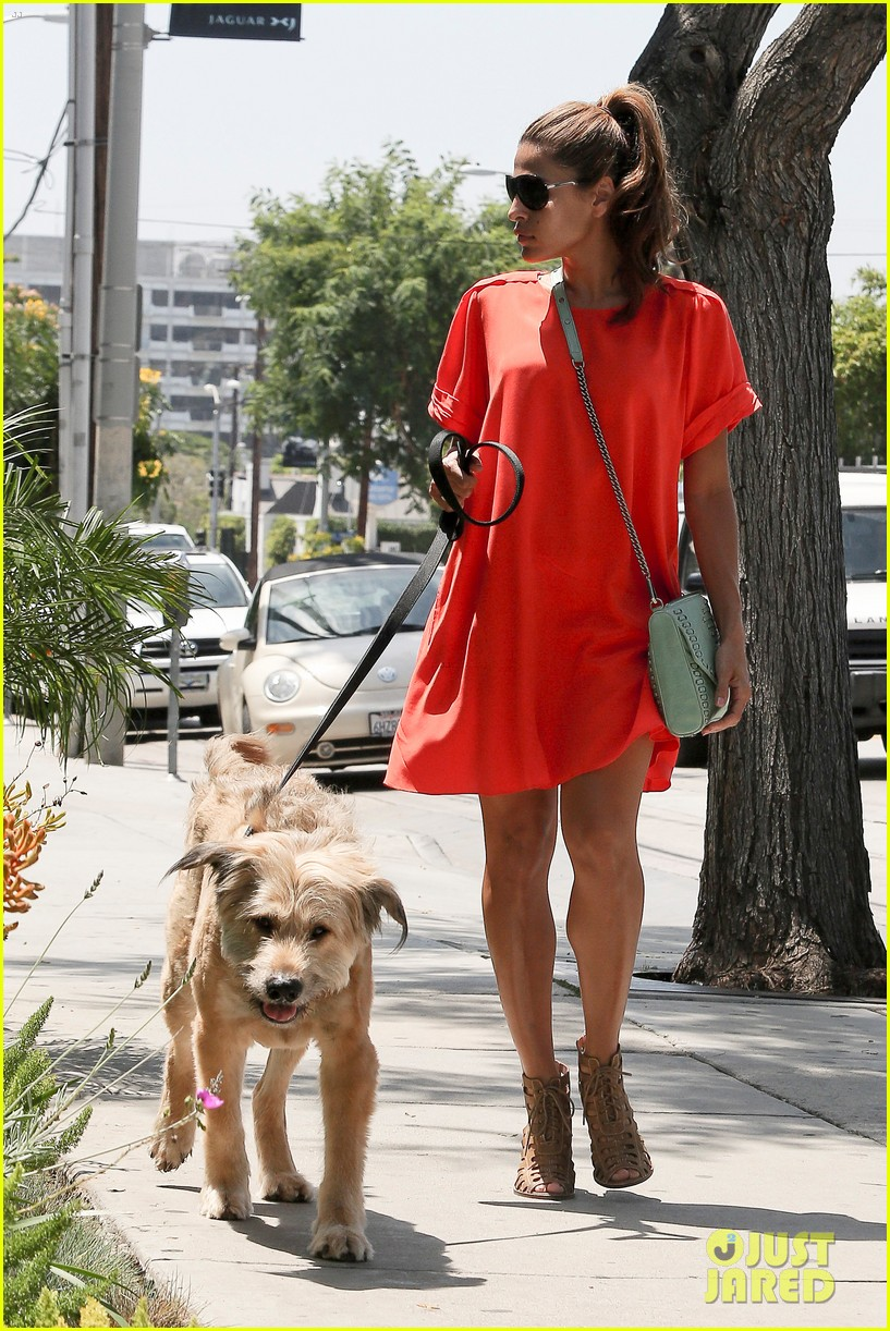Eva Mendes takes her best friend for a walk in Beverly Hills