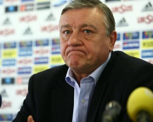 Mircea Sandu va oferi bilete la meciul România – Ungaria familiei copilului ucis de câinii comunitari
