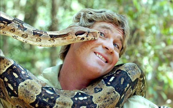 Steve_Irwin_with_snake