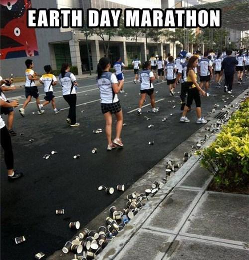 5. Locul 5 este ocupat de oameni, din pacate, care au sarbatorit ZIUA MEDIULUI cu un maraton   si multe gunoaie!
