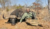 Moartea leului Cecil readuce in discutie pasiunea fiilor Trump de a ucide animale