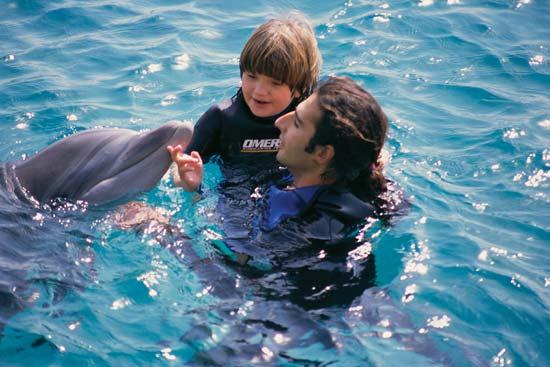 delfin autism copil