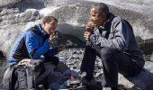 Obama, servit cu somon devorat de urs
