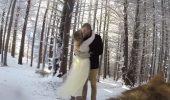 Rezultat amuzant si VIRAL! Doi indragostiti si-au pus cainele sa le filmeze nunta!