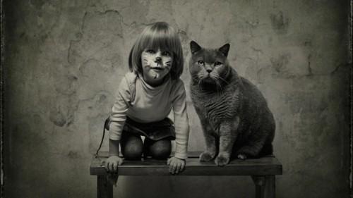 O prietenie DEOSEBITA: Iubirea unei fetite fata de pisica ei, in imagini