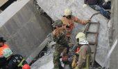 Doi copii au fost salvati de sub ruine, dupa ce PISICA lor a alertat echipele de interventie
