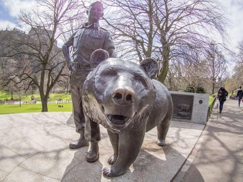 Ursul Wojtek, monument Edinburgh