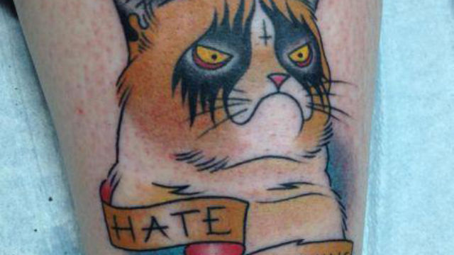 grumpy-cat-with-hate-banner-tattoo