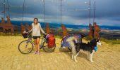 Anastasia si Diesel, calatori prin Europa, au parcurs peste 3.500 km