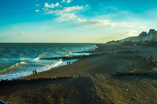 Descoperire bizară! Uite ce au găsit turiștii pe plajele din Marea Britanie |FOTO
