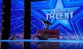 """""""Italia's Got Talent"""". Un român a ridicat sala în picioare și a primit patru de """"DA"""". Momentul cu CÂINII săi a devenit viral în toată lumea!"""