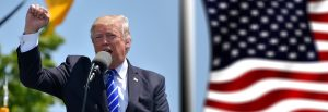 Ce a făcut Donald Trump cu doi CURCANI  înainte de Ziua Recunoștinței / FOTO