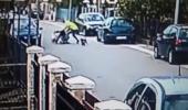 Cum a fost SALVATĂ o femeie de un CÂINE MAIDANEZ din mâinile unui hoț. Imaginile s-au viralizat în toată lumea! VIDEO