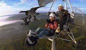 Gestul INEDIT făcut de un pilot a UIMIT întreaga planetă! Un bărbat ADORĂ să zboare alături de păsările migratoare. Imaginile sunt INCREDIBILE | VIDEO