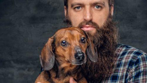 Ce ascund bărbații care poartă barbă! Cea mai nouă modă ascunde un secret odios. Germeni mai periculoși decât în blana unui câine
